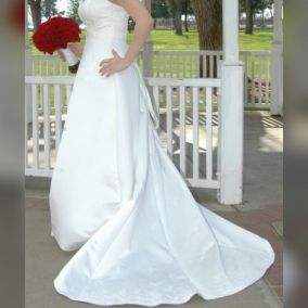 Embroidered Maggie Sottero Couture Wedding Dress, Size 12