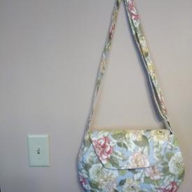 Oval messenger bag/purse