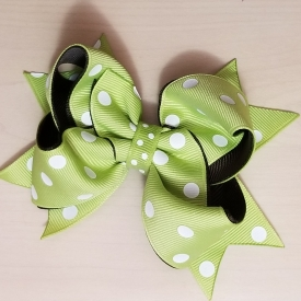Green w/polka dot bow