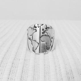 Wanderlust ring (silver tone)