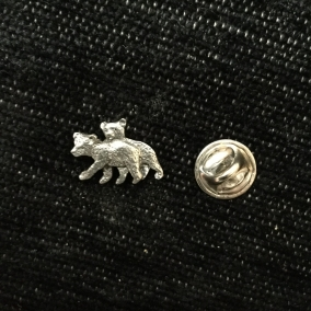 Grizzly bears pin