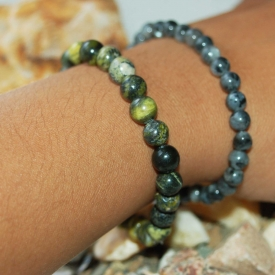 2 Natural Stones Bracelets Moss Agate & Serpentine 7 1/2″
