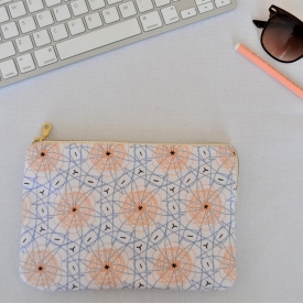 EVERYDAY POUCH – Peach Garden