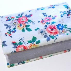 Cath Kidston Oilcloth Bible Cover For NWT