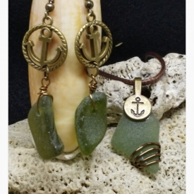 Olive Green Pendant & Earring Ensemble with Anchor Motif and Bonus for Your First Mate!