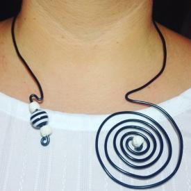 Black&White Wire Necklace
