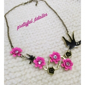 Flowers and birds necklace