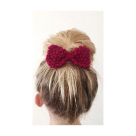 Hand Knitted Bow in Burgundy